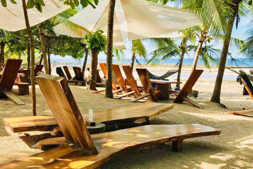 Lola's Playa Avellana